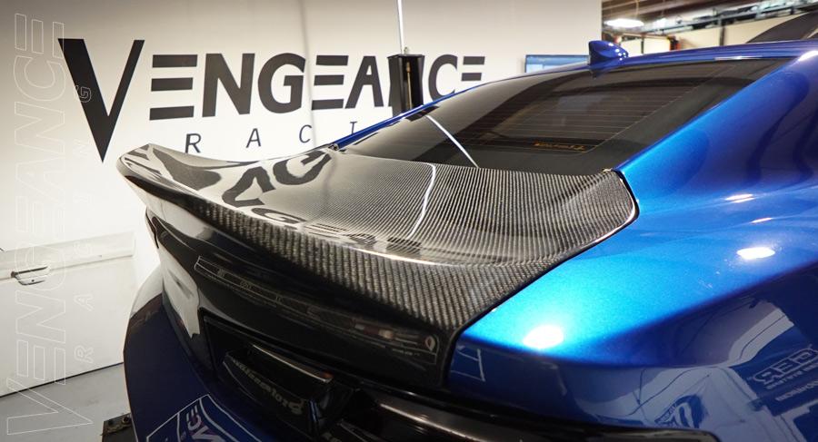 vengeance-racing-beauty--carbontruck-lid-6thgen